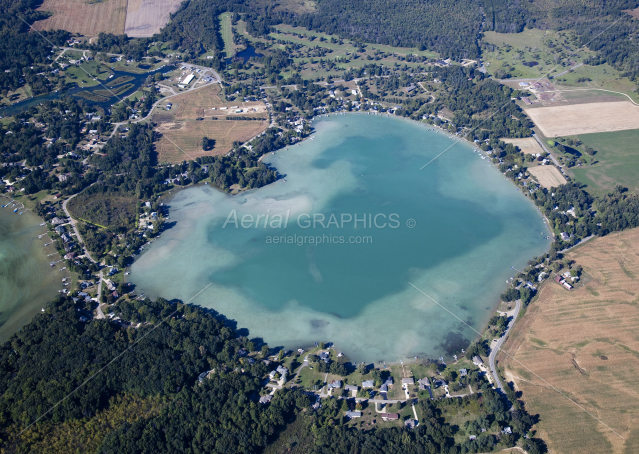 Round Lake In Jackson County Photo 5652